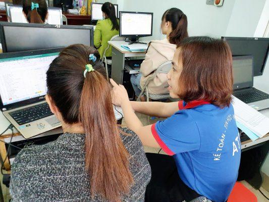 Hoc ke toan thuc hanh o Thanh Hoa